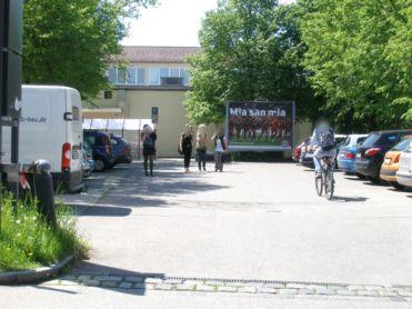 Außenwerbung in Dachau groß präsentiert